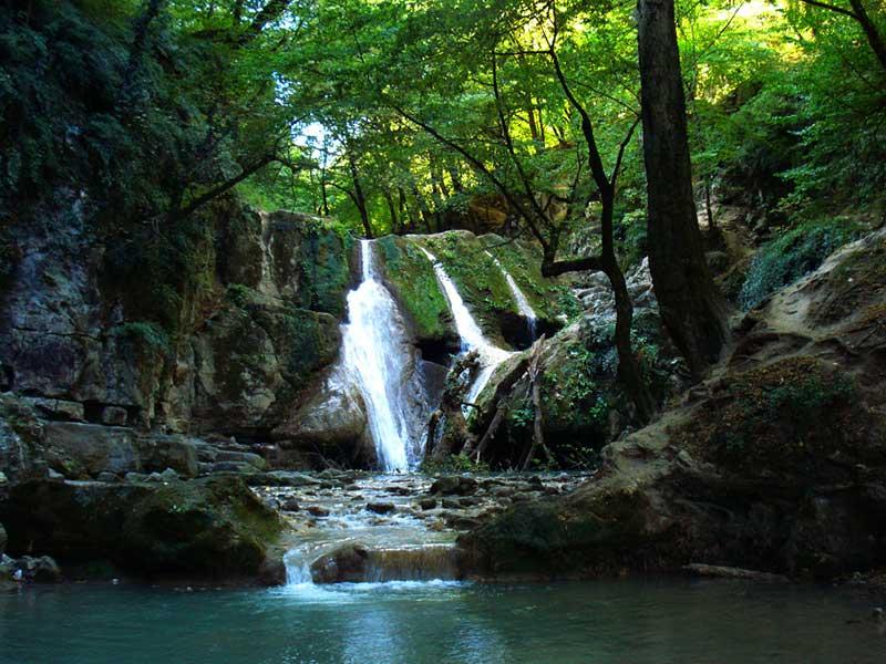 Gazu-waterfall-Lafoor