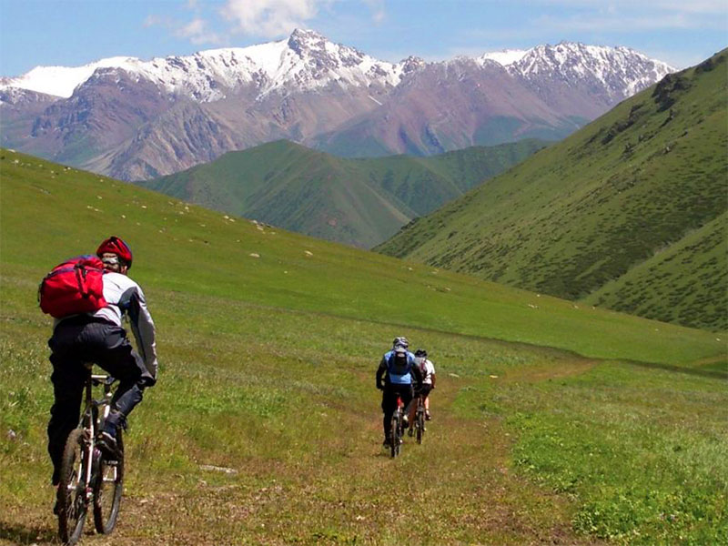 Silk road cycling