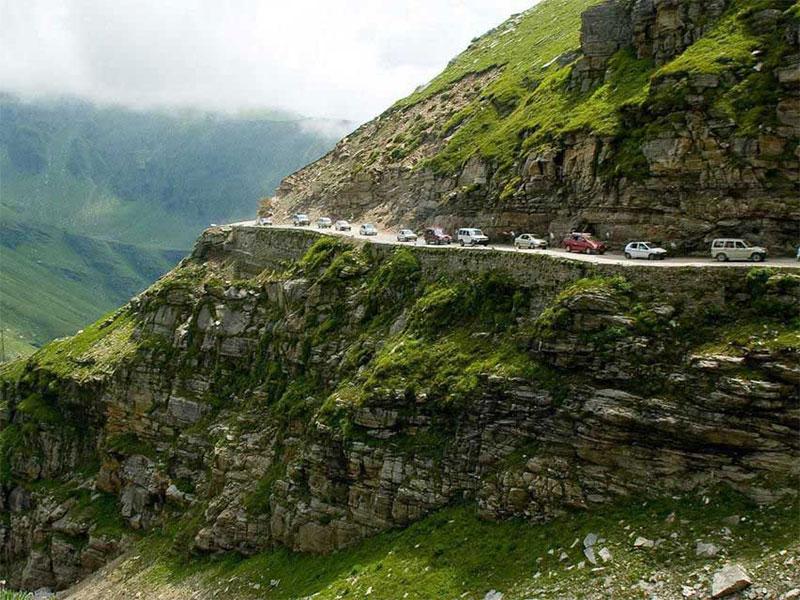 self-drive-tours-to-Iran