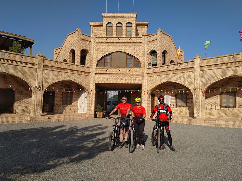 Cycling routes in Iran